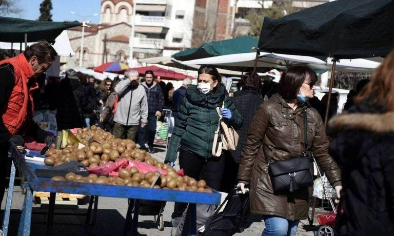 Κοροναϊός : Μειωμένη η κίνηση στις λαϊκές αγορές | tanea.gr