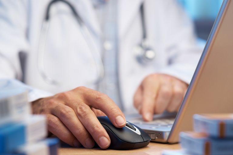 Πώς θα λάβετε τις ιατρικές συνταγές στο κινητό σας: Αναλυτικά η διαδικασία | tanea.gr