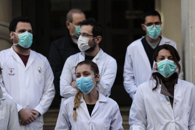 Γιατροί προς Μητσοτάκη: Στον πόλεμο χρειάζονται στρατιώτες και όπλα | tanea.gr