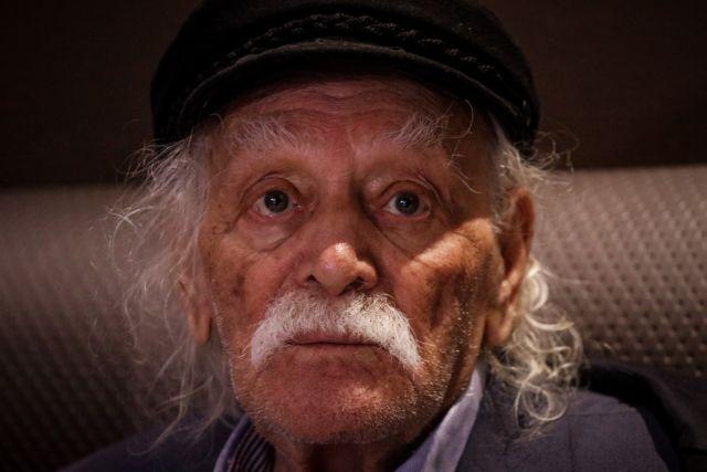 Ο συγκινητικός αποχαιρετισμός του Σωτήρη Τσιόδρα στον Μανώλη Γλέζο | tanea.gr