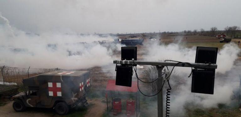 Νέα επιθεση τον Έβρο: Άγρια επεισόδια και χρήση χημικών | tanea.gr
