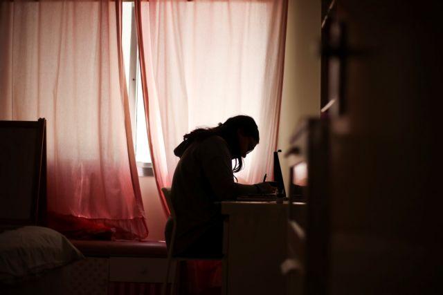 Αυστηρές οδηγίες Τσιόδρα για όσους νοσούν και βρίσκονται σπίτι | tanea.gr