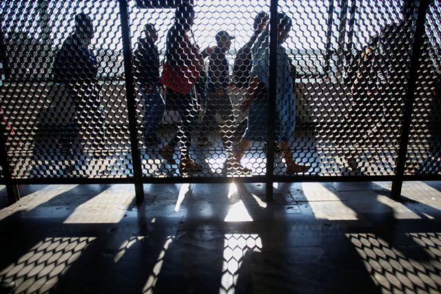 Η ΕΕ κλείνει τα σύνορά της για 30 μέρες | tanea.gr