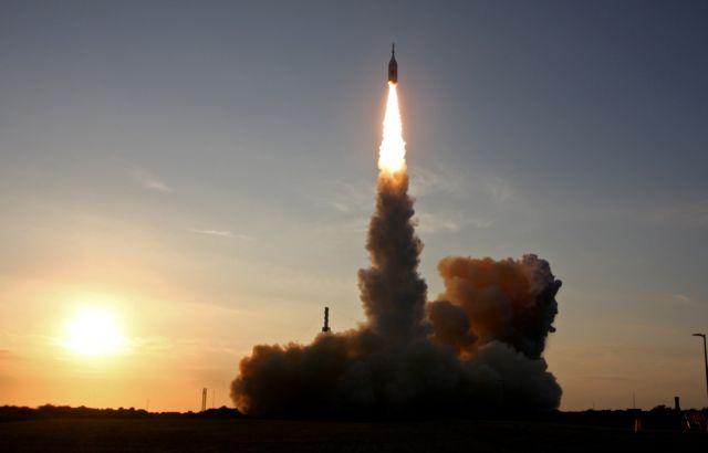 Κοροναϊός: Η NASA αναστέλλει τις δοκιμές για την αποστολή στη Σελήνη λόγω κρουσμάτων στο προσωπικό της | tanea.gr