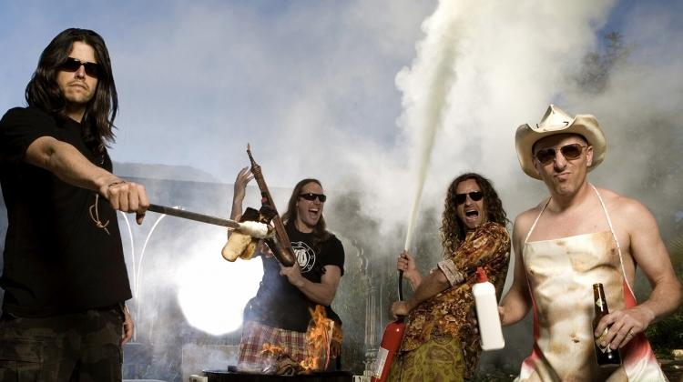 Νέα Ζηλανδία: Ανησυχία για δεκάδες φαν των Tool λόγω της παρουσίας σε συναυλία τους ασθενή με κορωνοϊό | tanea.gr