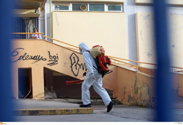 Νέα σύσκεψη στο υπουργείο Υγείας για έκτακτα μέτρα και κλείσιμο σχολείων | tanea.gr