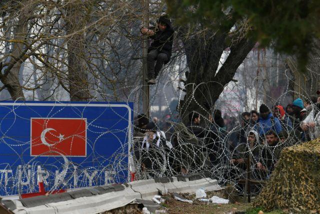 Νέα επεισόδια στις Καστανιές: Μετανάστες επιτίθενται με πέτρες στις ελληνικές δυνάμεις ασφαλείας | tanea.gr
