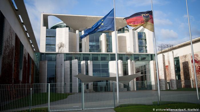 Δεν καταδικάζει το Βερολίνο το άνοιγμα των τουρκικών συνόρων | tanea.gr