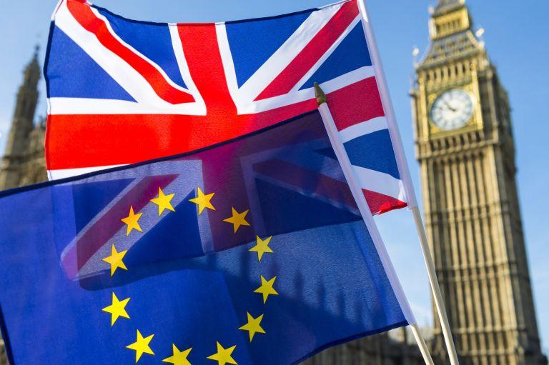 Ο κοροναϊός κάνει άνω-κάτω ακόμα και το Brexit - Τι ζητούν οι Βρετανοί πολίτες   tanea.gr