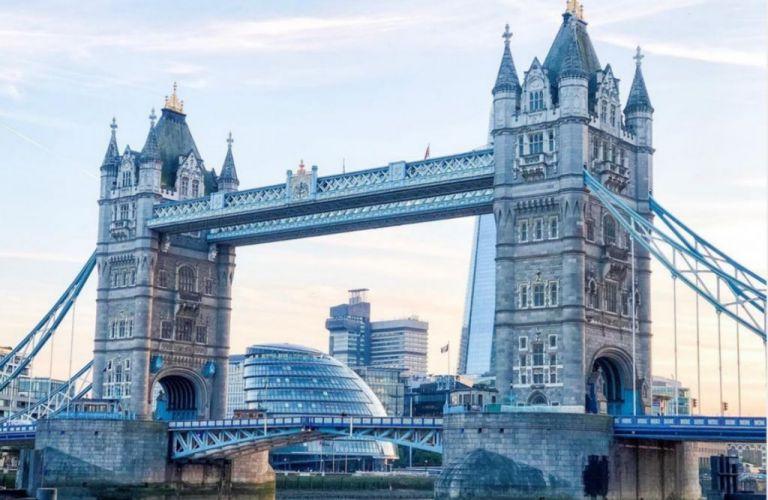 Αγγλία: Σηκώνεται η κρεμαστή γέφυρα και κλείνει ο Πύργος του Λονδίνου | tanea.gr
