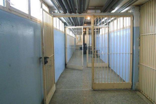 Κοροναϊός: Κινητοποίηση για τον εντοπισμό ύποπτων κρουσμάτων σε τρεις φυλακές | tanea.gr