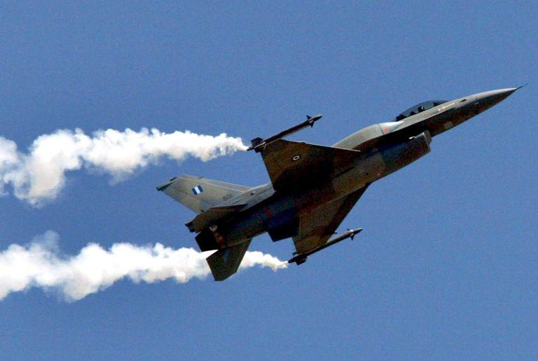 Αντιδρούν πλέον στις αναχαιτίσεις οι τούρκοι πιλότοι - Αυξάνονται οι εμπλοκές στο Αιγαίο   tanea.gr