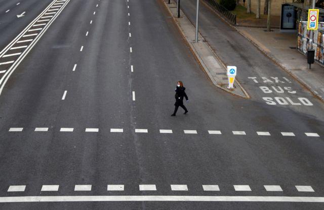 Κοροναϊός – Ισπανία: Επιβράδυνση με 1.000 νέα κρούσματα σε μία μέρα – Στους 297 οι νεκροί | tanea.gr
