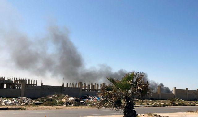 Λιβύη: Νέα επίθεση με ρουκέτες στο αεροδρόμιο Μιτίγκα   tanea.gr