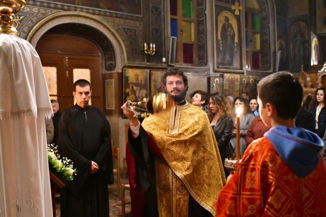 Για ποιους εργαζόμενούς της ζητά η εκκλησία το επίδομα των 800 ευρώ   tanea.gr
