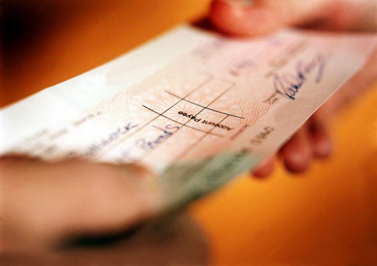 Κοροναϊός : Το σχέδιο για να μη γεμίσει η αγορά ακάλυπτες επιταγές | tanea.gr