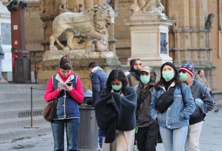 Kοροναϊός: Κλείνουν θέατρα, κινηματογράφοι και μουσεία σε όλη την Ιταλία   tanea.gr