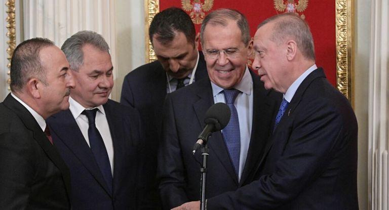 Ρωσικό ΥΠΕΞ : Η τουρκική τηλεόραση μπέρδεψε τη… γραβάτα με τον Ερντογάν   tanea.gr