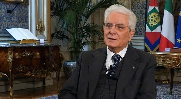 Κοροναϊός : Ο κουρέας… στο διάγγελμα του προέδρου της Ιταλίας   tanea.gr