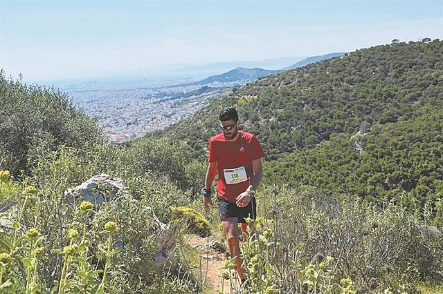 Τρέχοντας στα μονοπάτια του Ποικίλου Ορους | tanea.gr