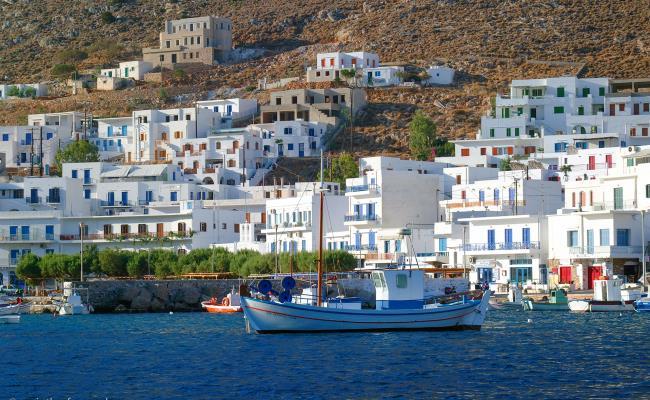 Τέλος τα ταξίδια στα νησιά – Μόνο οι μόνιμοι κάτοικοι θα μπορούν να πηγαίνουν | tanea.gr