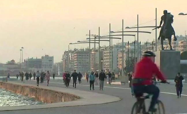 Κλείνει η παραλία Θεσσαλονίκης μετά τις απαράδεκτες εικόνες συνωστισμού | tanea.gr