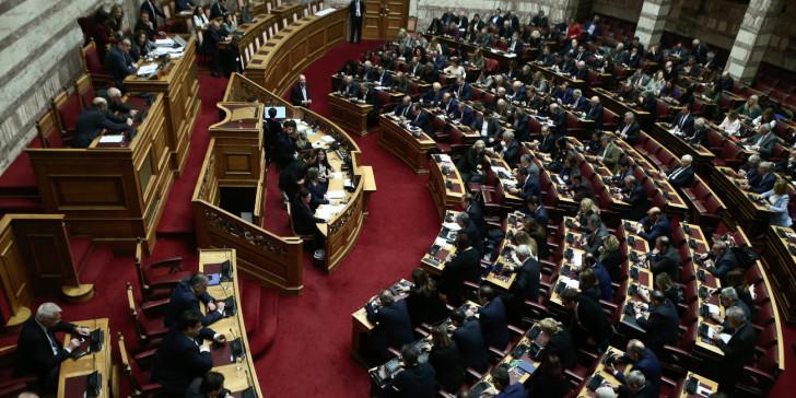 Σχέδιο για τηλεδιάσκεψη στη Βουλή μετά το κρούσμα στον Χρ. Κέλλα | tanea.gr