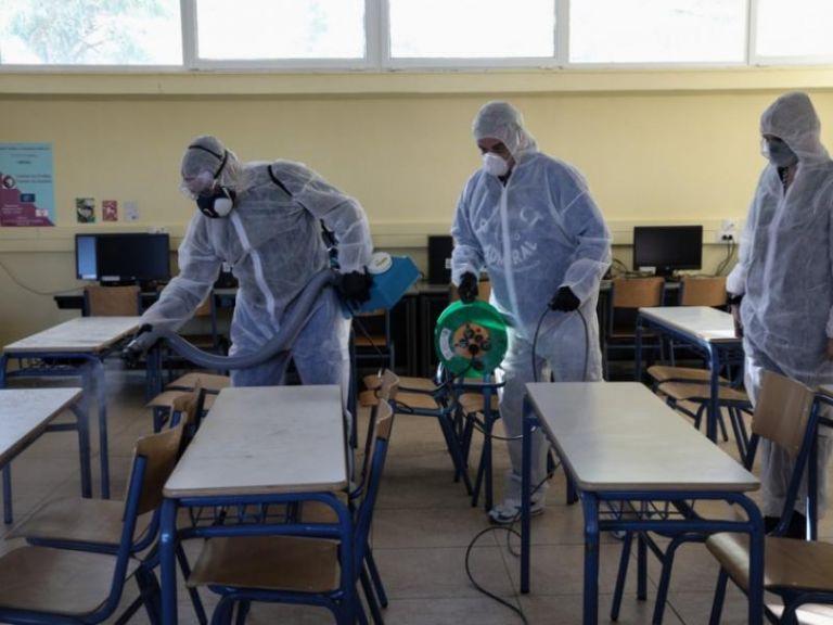 Λαζανάς : Να μην ανοίξουν τα σχολεία φέτος παρά μόνο για τους υποψηφίους των πανελλαδικών | tanea.gr