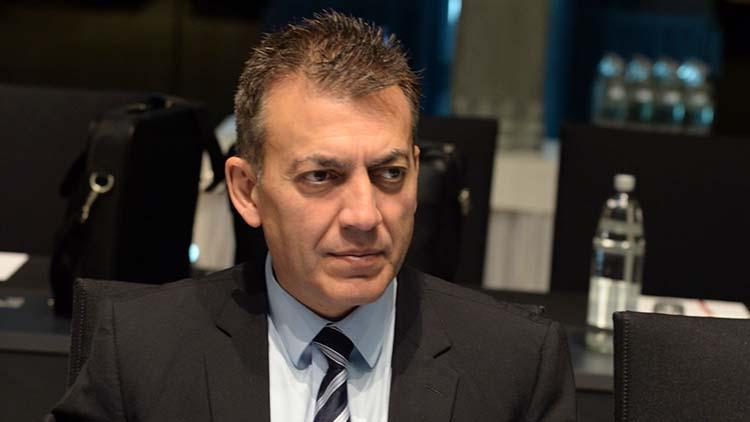 Διευκρινήσεις Βρούτση για το επίδομα των 800 ευρώ | tanea.gr