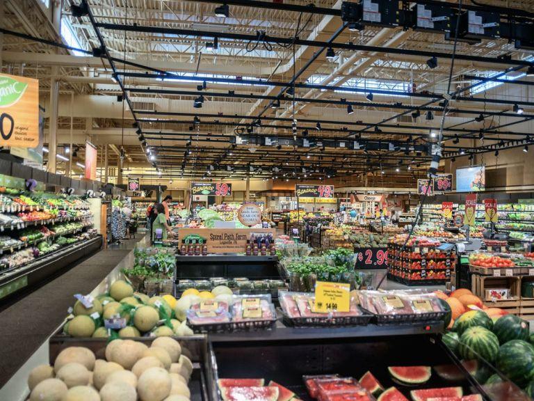 Κοροναϊός : Αλλάζει το ωράριο στα σουπερμάρκετ από το Σάββατο | tanea.gr