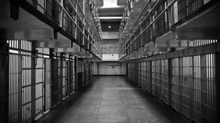 Σχέδιο αποσυμφόρησης των φυλακών – Τα σενάρια που εξετάζει η κυβέρνηση | tanea.gr