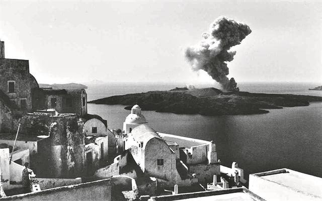 Νέα ανατρεπτική μελέτη για την έκρηξη στο ηφαίστειο της Σαντορίνης | tanea.gr