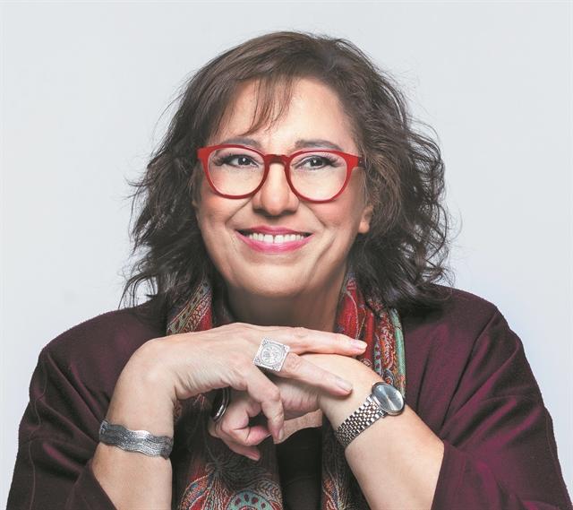 Μαρία Φαραντούρη : «Τραγουδούσα μόνη, στον θάλαμο απομόνωσης»   tanea.gr