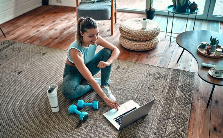 Μένουμε σπίτι: Πώς θα γίνετε πιο δημιουργικές στην καραντίνα | tanea.gr