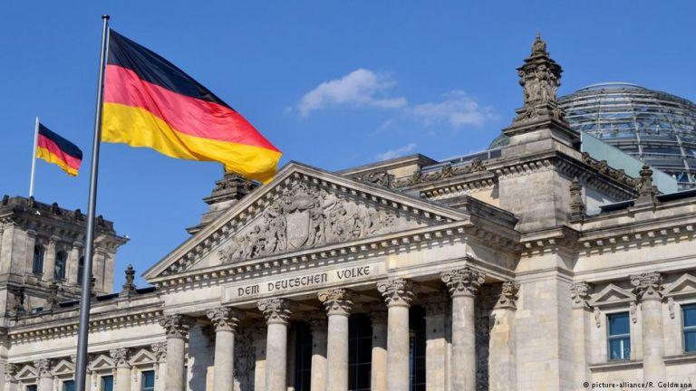 Κοροναϊός: Το Βερολίνο εμμένει στην άρνησή του για ευρωομόλογο | tanea.gr