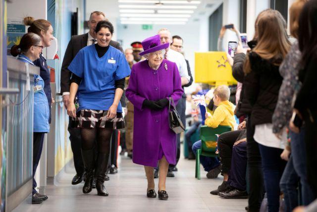 Διάγγελμα της βασίλισσας Ελισάβετ την Κυριακή μετά από 18 χρόνια   tanea.gr