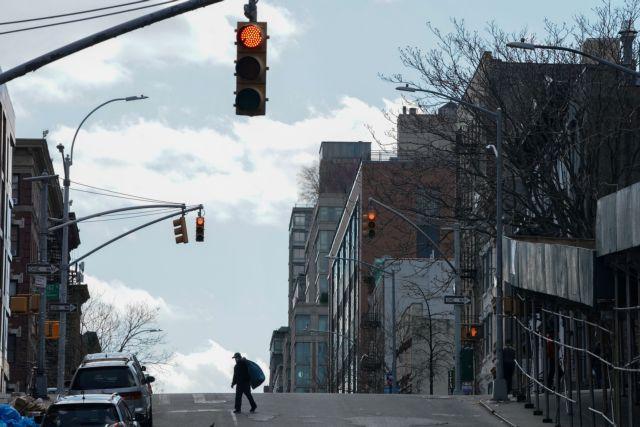 Κοροναϊός : Παρατείνεται μέχρι τις 15 Μαΐου η καραντίνα στη Νέα Υόρκη | tanea.gr