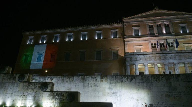 Κοροναϊός : Το μήνυμα συμπαράστασης της Ελλάδας προς τον ιταλικό λαό | tanea.gr