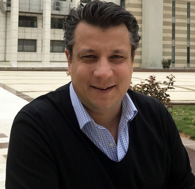Δερμιτζάκης: Ξεκινά πρωτοπόρα ελληνική μελέτη για τη γενετική κατανόηση του κορωνοϊού | tanea.gr