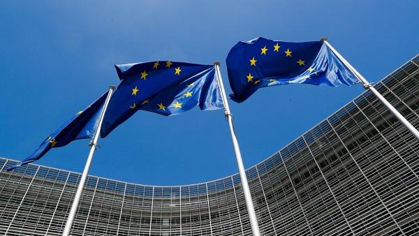 Η ΕΕ προτείνει τη διεξαγωγή συνόδου κορυφής για τον τουρισμό   tanea.gr
