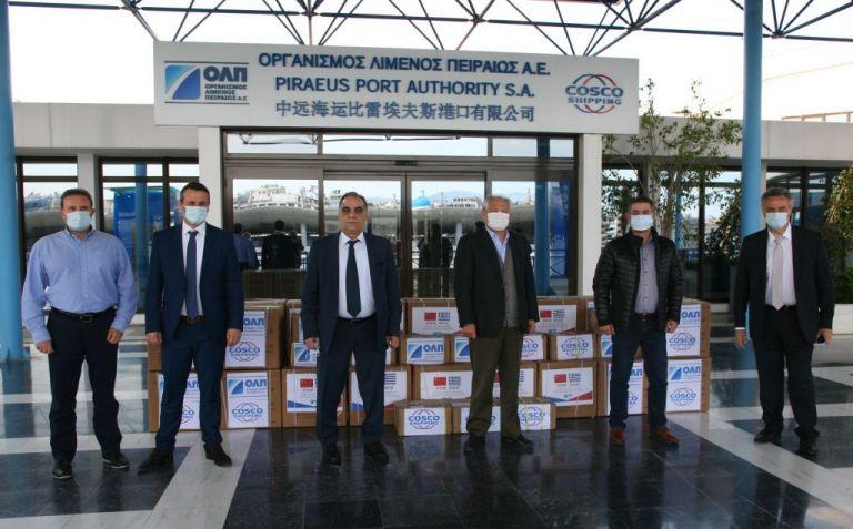 Μάσκες και αντισηπτικά από τον ΟΛΠ στον Δήμο Πειραιά | tanea.gr