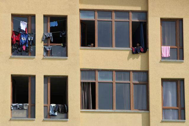 Αγωνία στη Γάζα μετά τα κρούσματα –  Χωρίς εφόδια για την πανδημία | tanea.gr