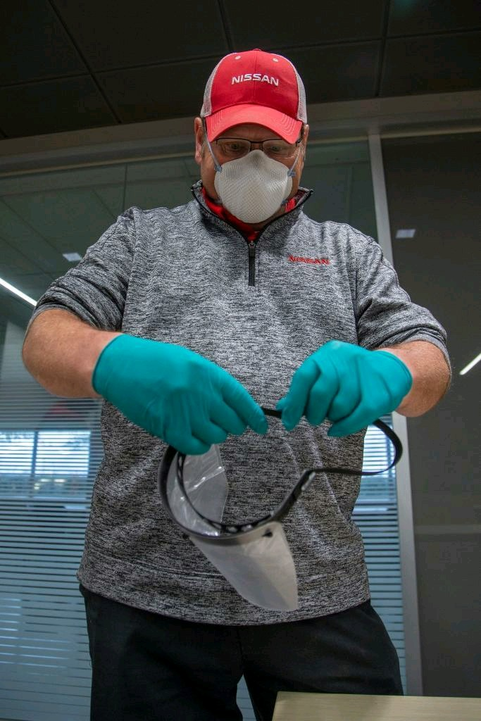 Nissan: Πως με την χρήση της 3D εκτύπωσης φτιάχνει μάσκες προστασίας   tanea.gr