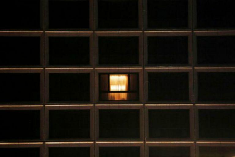 Χονγκ Κονγκ : Πώς είναι η καθημερινότητά σε εγκαταστάσεις απομόνωσης; | tanea.gr