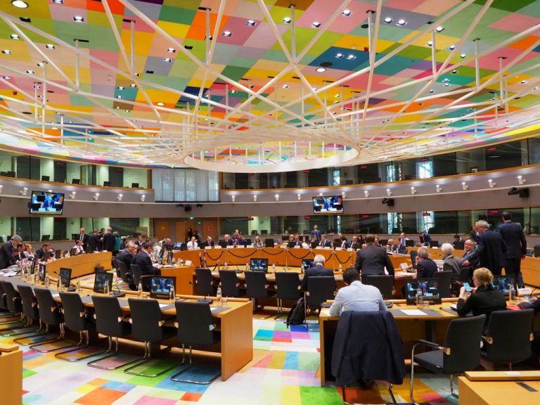 Eurogroup: Αναζητούν την χρυσή τομή – Το χάσμα Βορρά-Νότου   tanea.gr