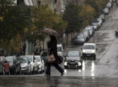 Βροχές, καταιγίδες και χιόνια την Κυριακή | tanea.gr
