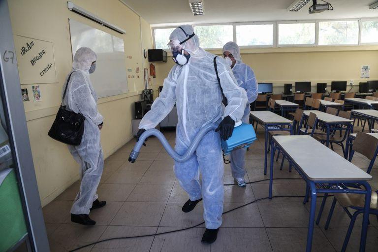 «Πόλεμος» για το αν και πότε θα ανοίξουν τα σχολεία - Τι φέρνει η επόμενη ημέρα   tanea.gr