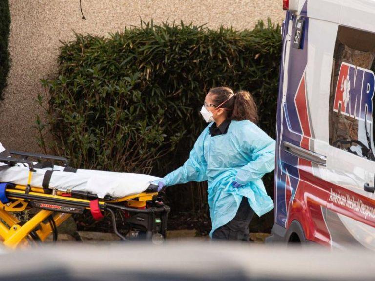 Νέο παγκόσμιο ρεκόρ θυμάτων από τις ΗΠΑ : 1.200 νεκροί σε ένα 24ωρο   tanea.gr
