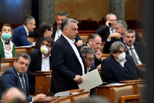 Αποπομπή του Όρμπαν από το ΕΛΚ ζητούν Μητσοτάκης και άλλοι 12 ηγέτες | tanea.gr