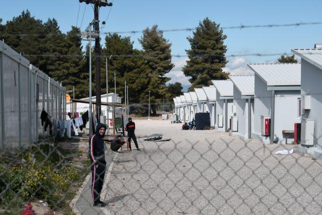 Προσφυγικό : Αποστάσεις της κυβέρνησης από τα περί τουρκικού σχεδίου μεταφοράς προσφύγων με κοροναϊό στην Ελλάδα | tanea.gr